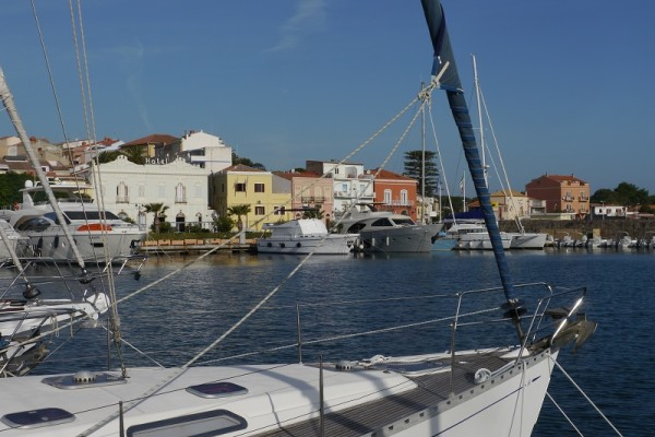 Hafen in Carloforte