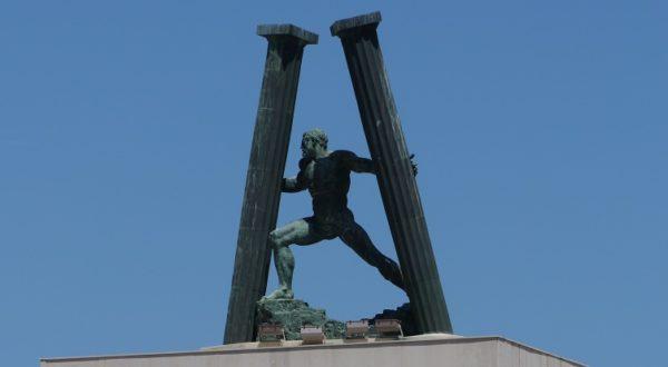 Herkules mit den Beiden Säulen die in Gibraltar und Ceuta stehen sollen